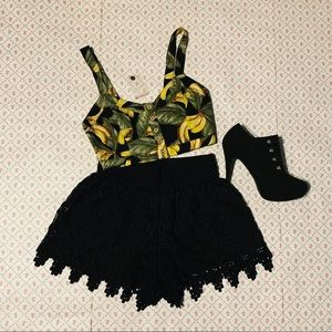 Banana top ankle booties lace shorts